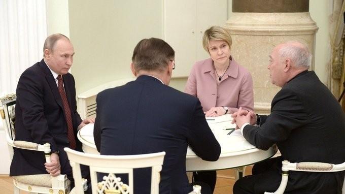 Владимир Путин провёл встречу со своими доверенными лицами
