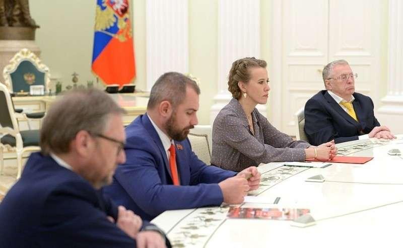 Навстрече скандидатами надолжность Президента Российской Федерации.