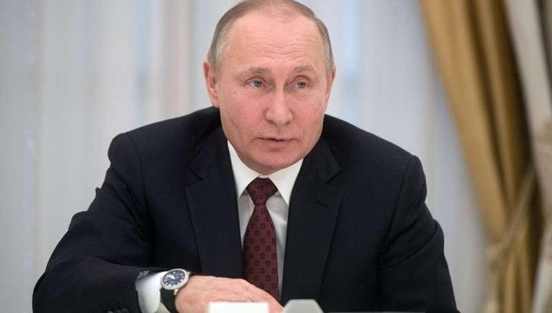 Дмитрий Песков назвал время, когда Владимир Путин проведет прямую линию с народом