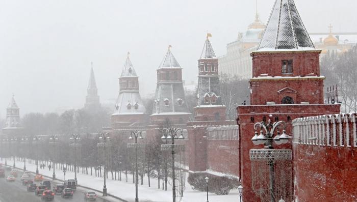 Кремль отреагировал на отказ президента США поздравить Владимира Путина с переизбранием