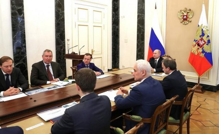 Владимир Путин провёл совещание по развитию гражданской микроэлектроники