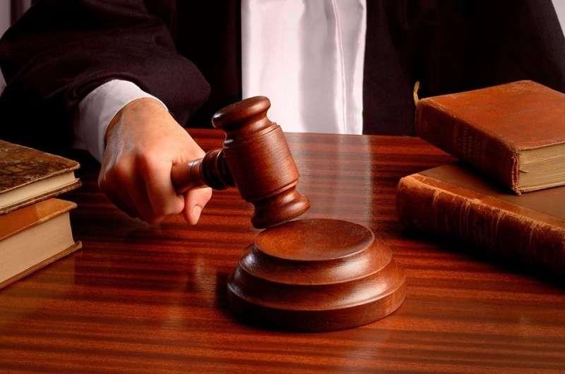Имеет ли право полицейский штрафовать пьяного судью за рулём?