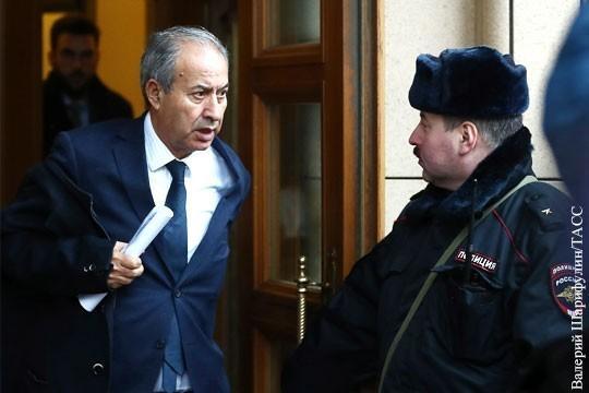 Десятки послов и высокопоставленных дипломатических чиновников в МИД России