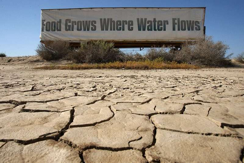 США: Скважины пересыхают, целые города остаются без воды