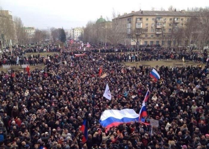 Дончане пришли освобождать задержанных товарищей