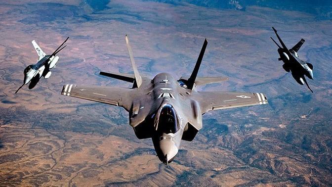 Террористы из США нанесли бомбовый удар по Ливии