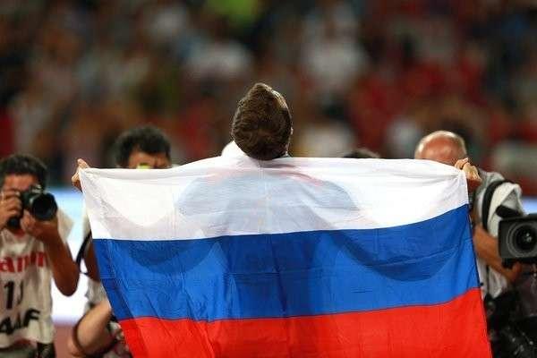 Медведев заступился за нацию прямо в эфире ТВ: «Что ты сказал про русских? Повтори!»