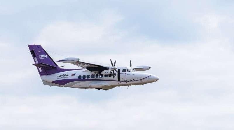 Пять самолётов Л-410, собранных на Уральском заводе гражданской авиации, переданы авиаперевозчикам Хорошие, добрые, новости, россия, фоторепортаж
