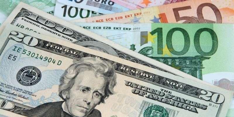 Крупнейшие центральные банки мира начали «выходить» из доллара