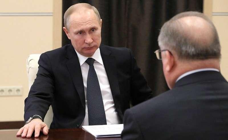Входе рабочей встречи спредседателем правления ПАО «Транснефть» Николаем Токаревым.