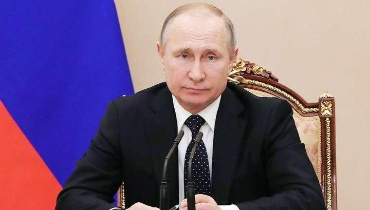 Владимир Путин принял отставку губернатора Кемеровской области Амана Тулеева
