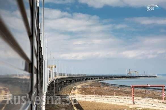 Крымский мост на финишной прямой: вдоль автотрассы устанавливают шумозащитные экраны | Русская весна