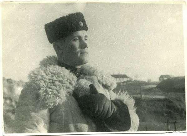 Капитан, который по личному распоряжению Сталина сразу стал генералом вов, герои, партизаны