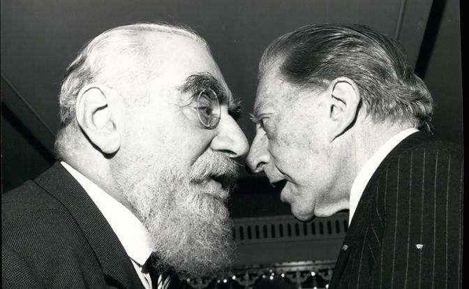 На фото: бизнес-магнат Нубар Саркис Гюльбенкян и нефтяной магнат Джон Пол Гетти (слева направо)
