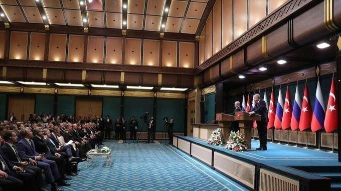 Совместная пресс-конференция Владимира Путина иРеджепа Тайипа Эрдогана
