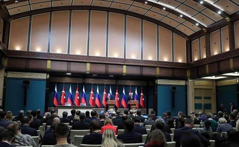 Совместная пресс-конференция Владимира Путина иПрезидента Турции Реджепа Тайипа Эрдогана.