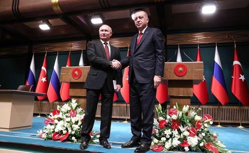 СПрезидентом Турции Реджепом Тайипом Эрдоганом позавершении совместной пресс-конференции.