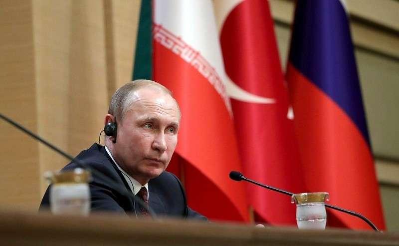 Напресс-конференции поитогам встречи президентов России, Турции иИрана.