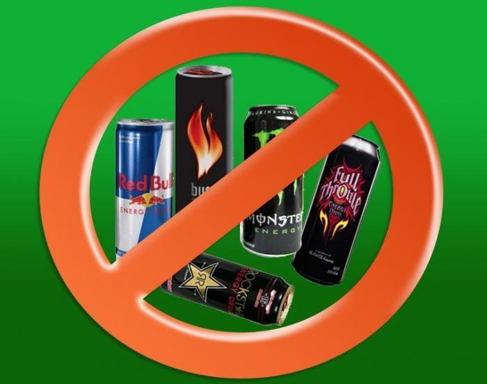 Почему алкогольные энергетики ещё не выкинули из магазинов?