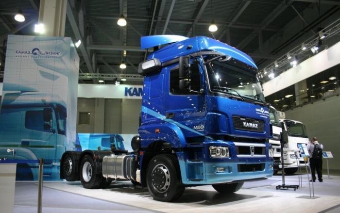 «КАМАЗ-Лизинг» поставил 100 газодизельных тягачей компаниии VESTA LLC