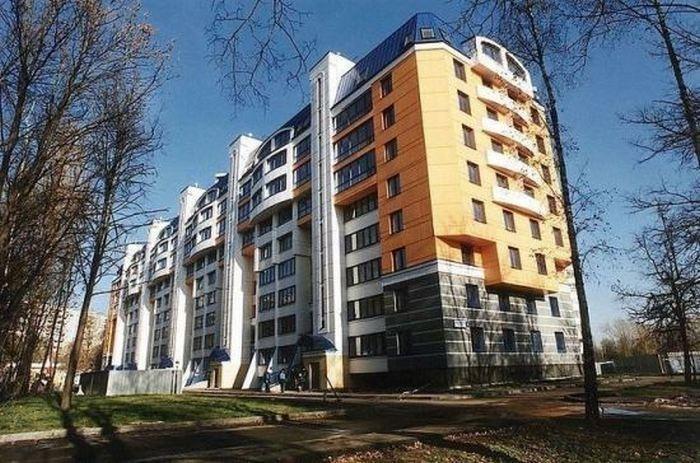 Что в России вытворяют со старыми 5-этажными «хрущёвками»