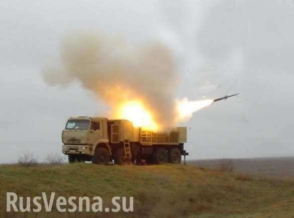 Сирия: кадры перехвата ракет, атаковавших базу ВВС Т-4 | Русская весна