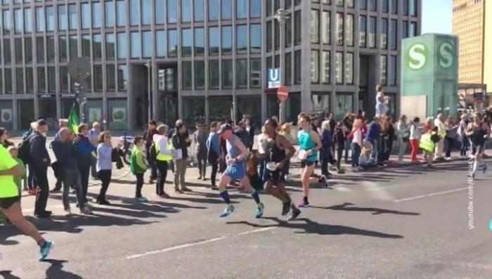 В Берлине предотвращен теракт. Один из боевиков – друг водителя-убийцы