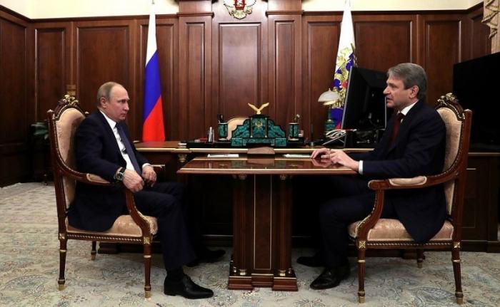 Владимир Путин обсудил с Александром Ткачёвым ситуацию в период весенне-полевых работ