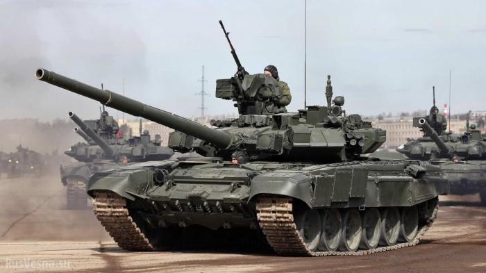 «Мощная колонна российских танков вошла в Украину!» – укрохунта паникует