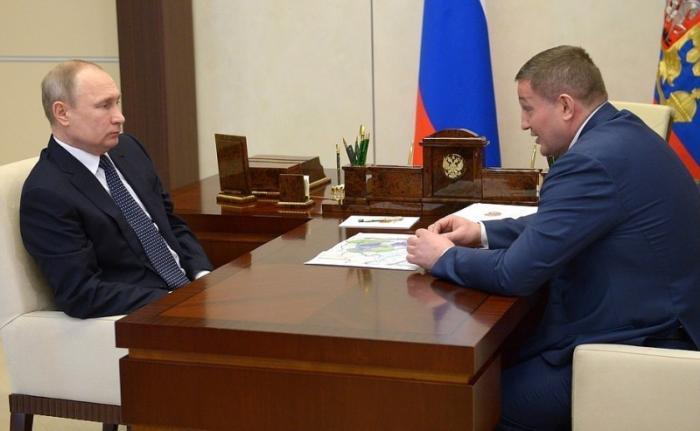 Владимир Путин провёл встречу с губернатором Волгоградской области Андреем Бочаровым