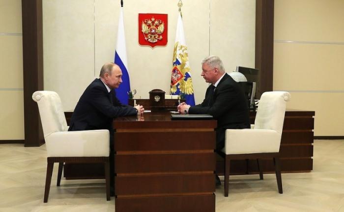 Владимир Путин провёл встречу с главой Федерации независимых профсоюзов Михаилом Шмаковым
