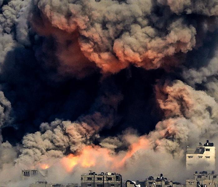 В Дамаск в дыму и огне, прилетели первые американские ракеты