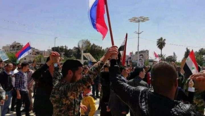Сирийцы поддержали Асада и празднуют отражение террористического удара ракетами