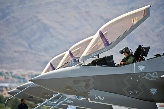 Бои в Сирии рикошетом ударили по новейшему F-35 Молния