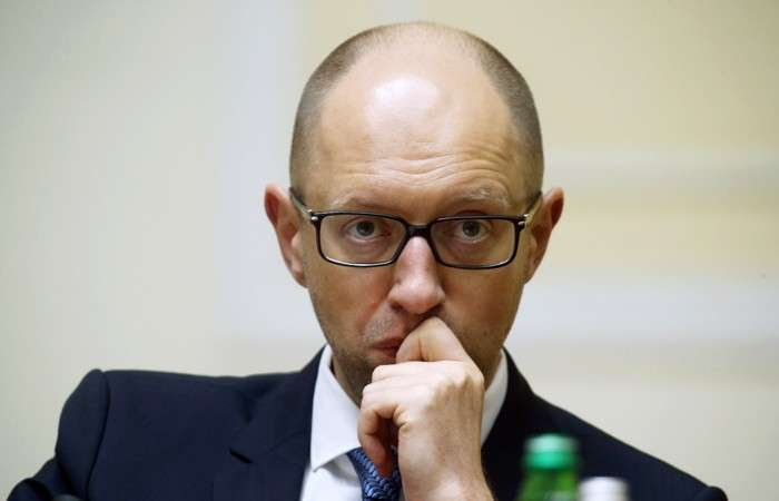 Яценюк разбушевался. Киев подготовил список российских граждан и компаний, которым запретят деятельность на Украине