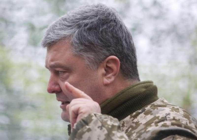 Алкоголик Порошенко меняет сроки карательной войны в Донбасе