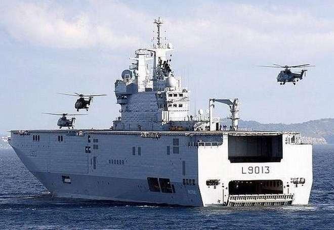 Вертолётоносец «Владивосток» типа Мистраль покинул французский порт для испытаний
