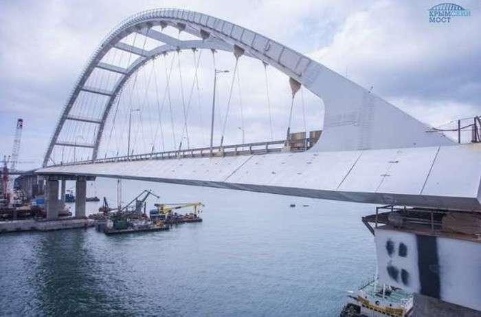 Крымский мост откроют через 12 дней: стройка века на финишной прямой