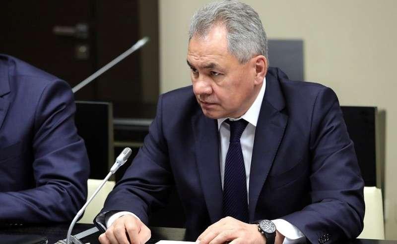Перед началом совещания спостоянными членами Совета Безопасности. Министр обороны Сергей Шойгу.