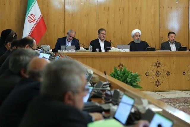 Иран отказался от доллара в пользу евро в валютной отчетности