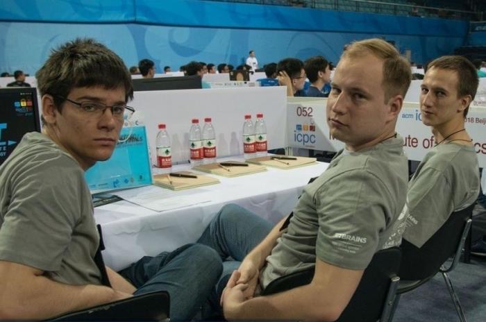У западных ВУЗов – престиж и рейтинги, а чемпионаты мира выигрывают студенты из России