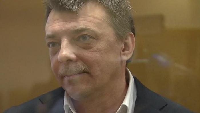 Полковника Михаила Максименко лишили звания, приговорили к 13 годам и 165 млн руб штрафу