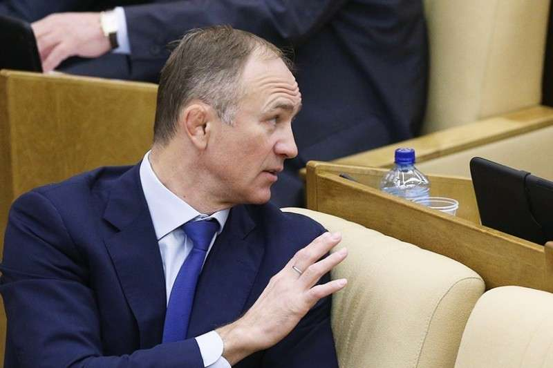 Депутатом в России быть хорошо! Лучше работы, я вам, сеньоры, не назову