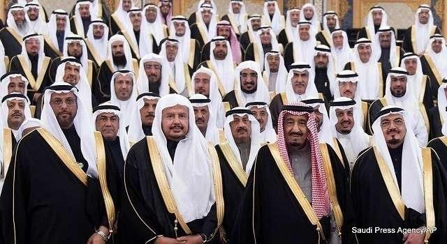 Переворот в Саудовской Аравии. Власти объяснили причины стрельбы во дворце