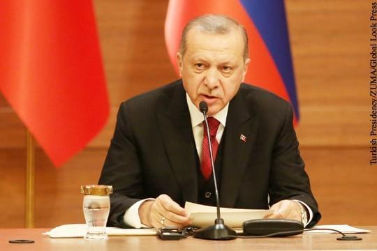 Реджеп Эрдоган увидел угрозу для Турции от поддержки США курдов