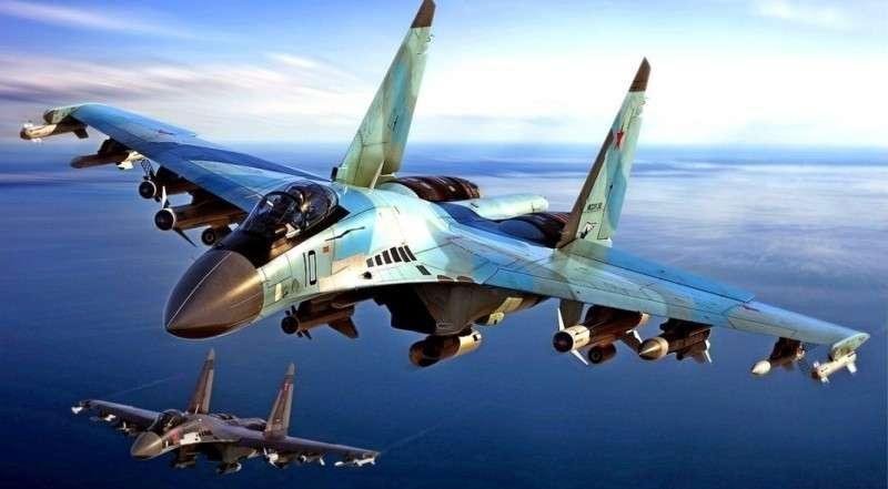 Китай признал: российский истребитель Су-35С превосходит американский F-22