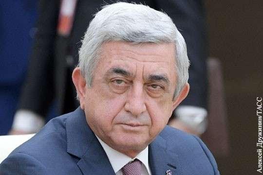 Серж Саргсян подал в отставку с поста премьера Армении