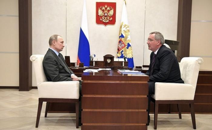 Владимир Путин провёл рабочую встречу с Дмитрием Рогозиным по развитию системы ГЛОНАСС