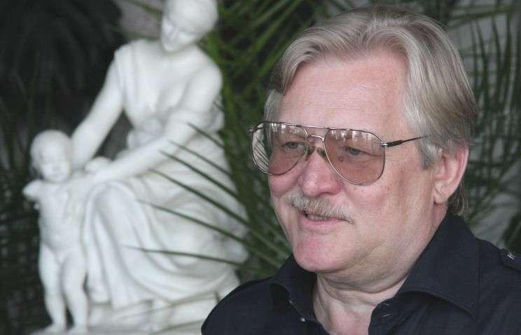 Кинорежиссер Юрий Кара  высказал мнение, что американские фильмы вообще надо полностью запретить