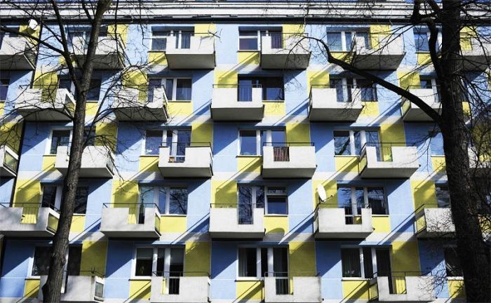 Недвижимость в России: «Куплю квартиру со спальней на кухне»